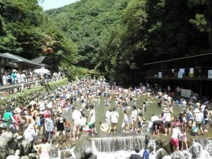 みそぎ滝 天然プール